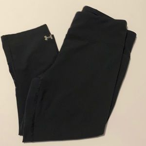 Under Armour active crops
